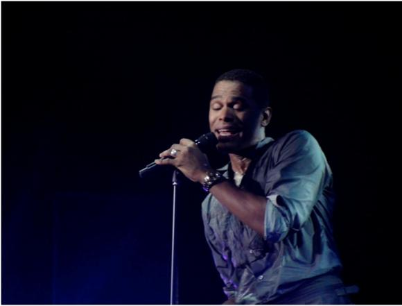 Maxwell at Moran Theater at Times Union Center